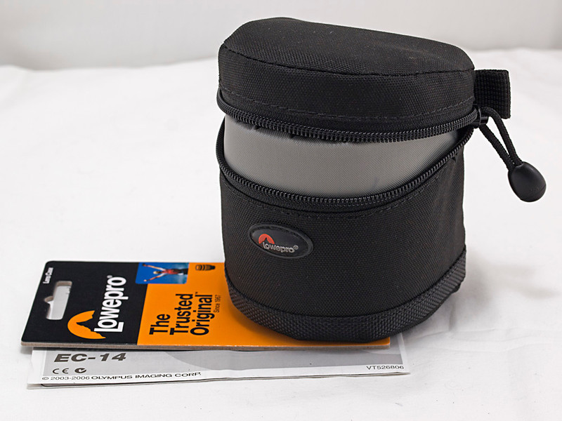 Lowepro padded lens case for 50 mm f/2, EC-14 or EX-25