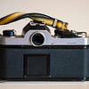Nikon FM (chrome), back