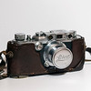 Leica IIIb (with lens cap and case)