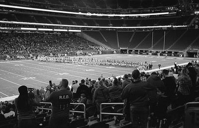 Leica M6 R_7 Tri-X 400 Pushed 800 HC110 35mm US Bank Staduim Elk River Elks 11-18-16018
