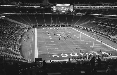 Leica M6 R_7 Tri-X 400 Pushed 800 HC110 35mm US Bank Staduim Elk River Elks 11-18-16022