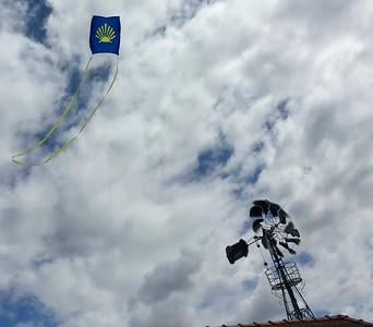 Flying a Camino de Santiago kite on the camino!