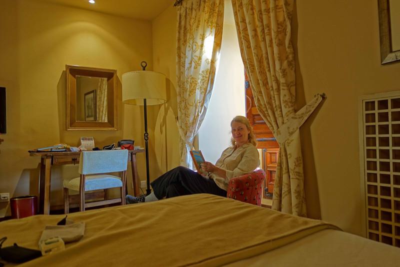 Relaxing in Leon