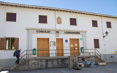The municipal albergue of Larrasoaña offers 58 beds for weary pilgrims for the modest fee of €6.