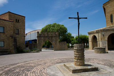 The main plaza of Óbanos, on the Camino de Santiago.