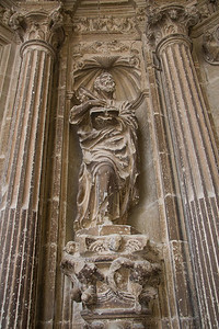 A statue of Saint James in the Iglesia de Santa María de la Asunción in Los Arcos on the Camino de Santiago.