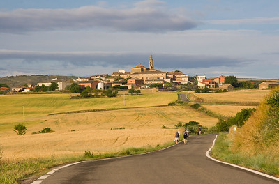 The picturesque medieval town of Sansol on the Camino de Santiago.