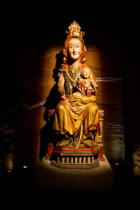 This sculpture of the Virgin Mary is said to be the one discovered in a cave by Navarran king García III in 1044.