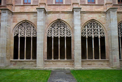 Ornate windows adorn the cloister at the Monasterio de Santa María el Real in Nájera, Spain.