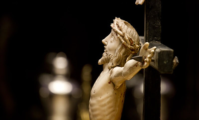A statue of Jesus in the cathedral of Santo Domingo de la Calzada.