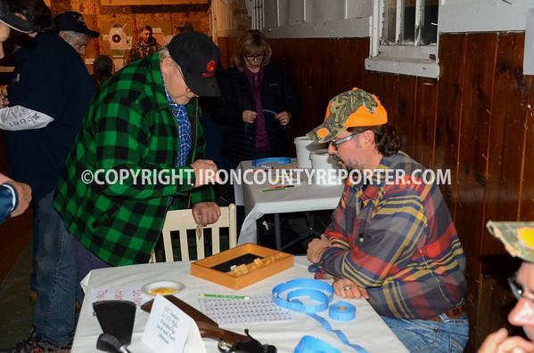 Camp Gibbs Banquete