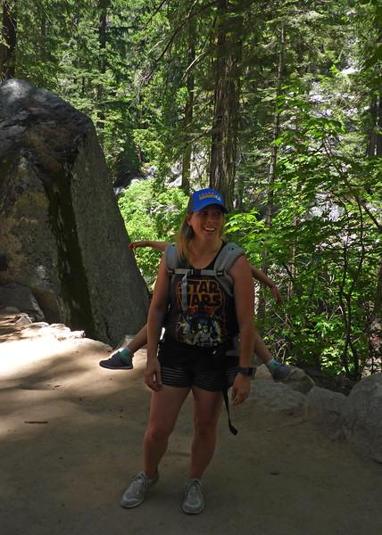 Yosemite Jen + Pippa P1010583