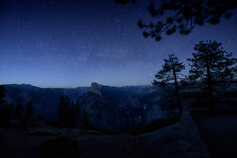 Yosemite Hikers on Half Dome at night_KTK5071