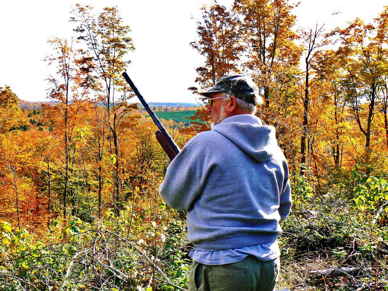 Sunday AM 270 clay birds to shoot. Dave's ready