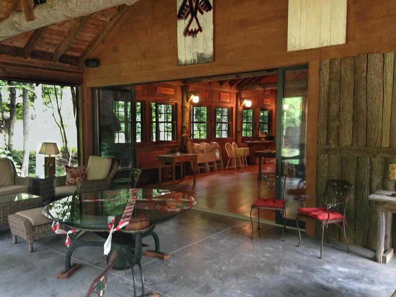lodge screened porch