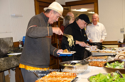 Positively Political Pasta Party Hosted by the Windsor County Democrats Damon Hall Hartland VT October 13, 2012 Copyright ©2012 Nancy Nutile-McMenemy www.photosbynanci.com For The Vermont Standard: http://www.thevermontstandard.com/ Image Galleries: http://thevermontstandard.smugmug.com/