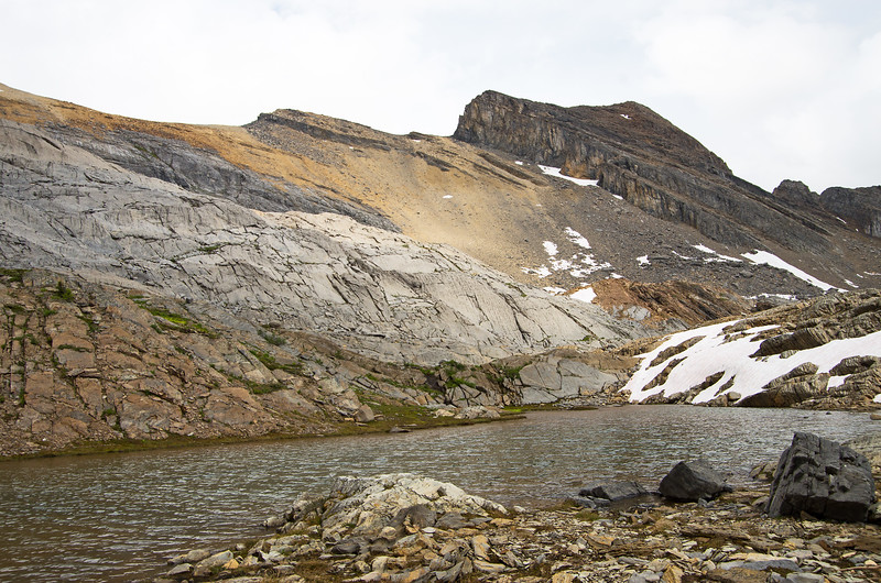 The largest of several tarns between High Col and the Paradise slopes.