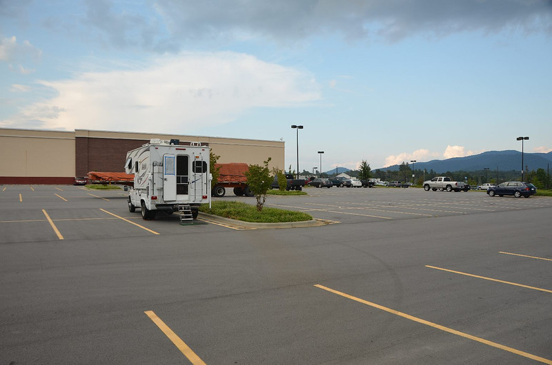 4367 – We had to exit the BRP to get gas in Asheville NC, so we spent the night at the Weaverville NC Walmart, very quiet, restful night.