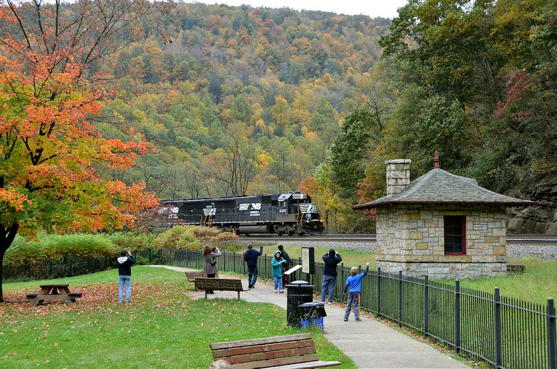 Well, we got to see some nice fall colors on this otherwise cold and dreary day. Nice to see others being enthusiastic about trains too!