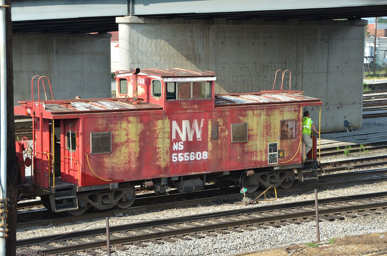 A caboose! They have virtually disappeared from U.S. railroading!