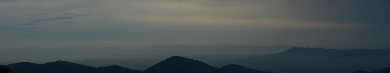 5006 – Shenandoah Valley panorama from Saturday night. Mysterious and moody.
