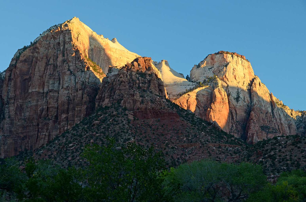 222 - Zion NP South CG #104 UT_8886A-C