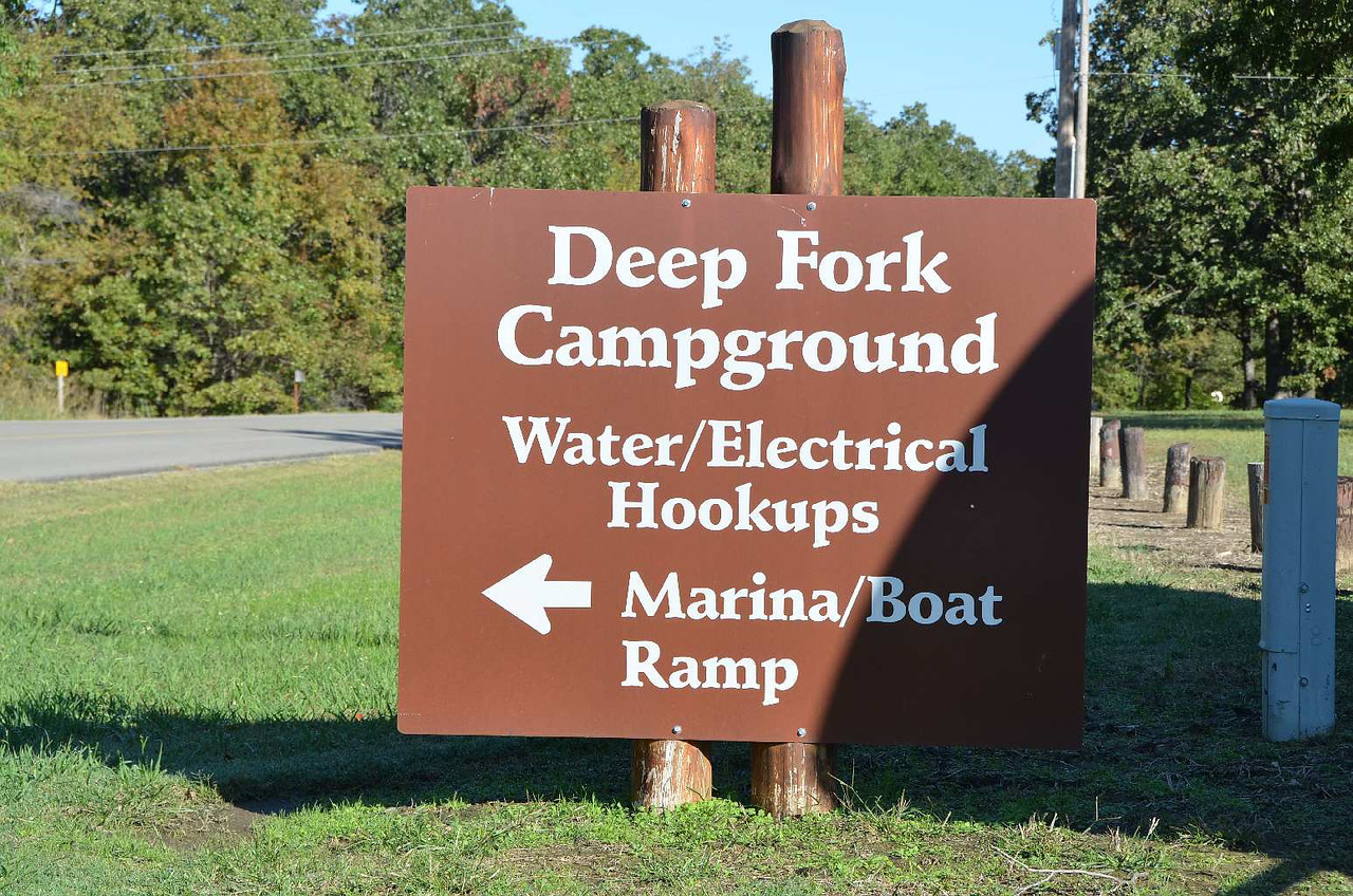 9328 - Deep Fork Campground at Lake Eufaula State Park, Oklahoma. The  next morning I tried the gas fridge again, and it stayed lit!