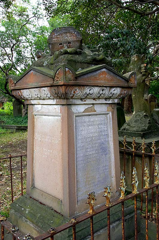 A little further away is the tomb of Hannah Waller and her daughter Mary who also died in the Dunbar sinking.