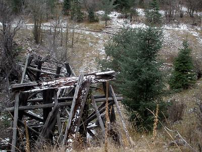 An old trellis.