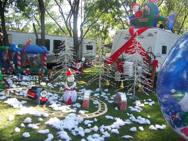 Christmas In July Camping.Campground In Pardeeville Wi Tourism Company And Tourism
