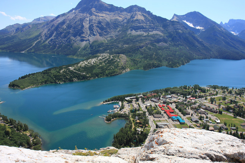 View of Waterton Lake fom Bears Hump Trail top point