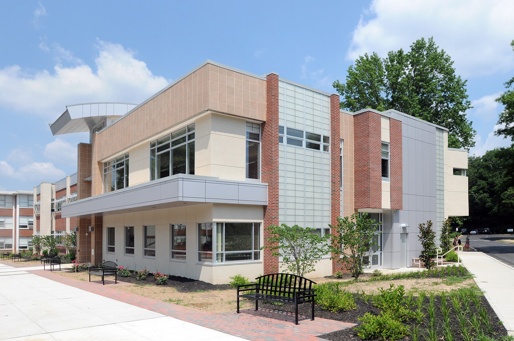 071911  -- New Academic Building