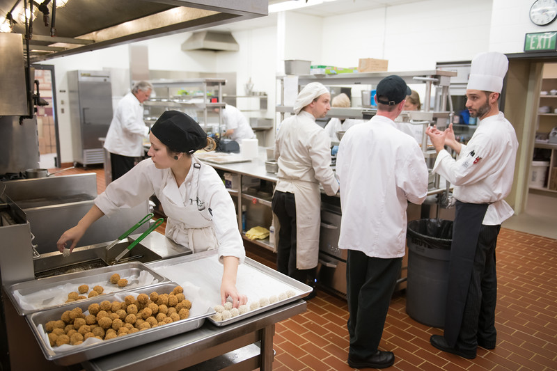 """The 2018 Celebrity Chef Invitational held at Lucy's in UAA's Lucy Cuddy Hall.  <div class=""""ss-paypal-button"""">180919-CELEBRITY CHEF INVITATIONAL-JRE-0025.jpg</div><div class=""""ss-paypal-button-end""""></div>"""