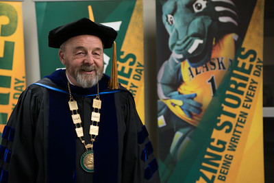 Interim Chancellor Sam Gingerich before the UAA 2017 Fall Commencement.  171217-COMMENCEMENT PORTRAITS-JRE-0225.jpg