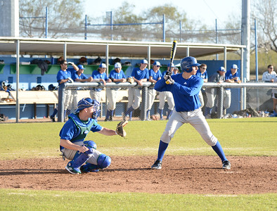the-islanders-baseball-team-practice-as-they-prepare-for-the-upcoming-season_12324829373_o