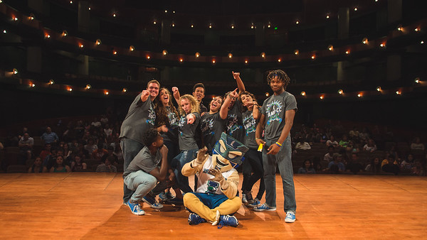 Orientation Leaders pose for their gran finale with IZZY on their last set of New Student Orientationon the PAC stage. Monday August 10, 2015.