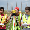 gis-students-practice-using-surveying-equipment_15155578380_o