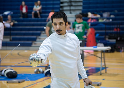 Daniel Artus at the beginning of a match during the fencing tournament.
