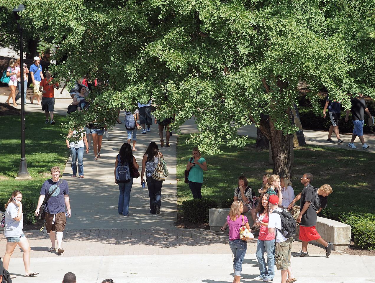 campus2143