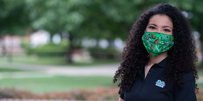 Isabella Robinson  Sophomore Broadcast Journalism & Spanish  Winfield, WV