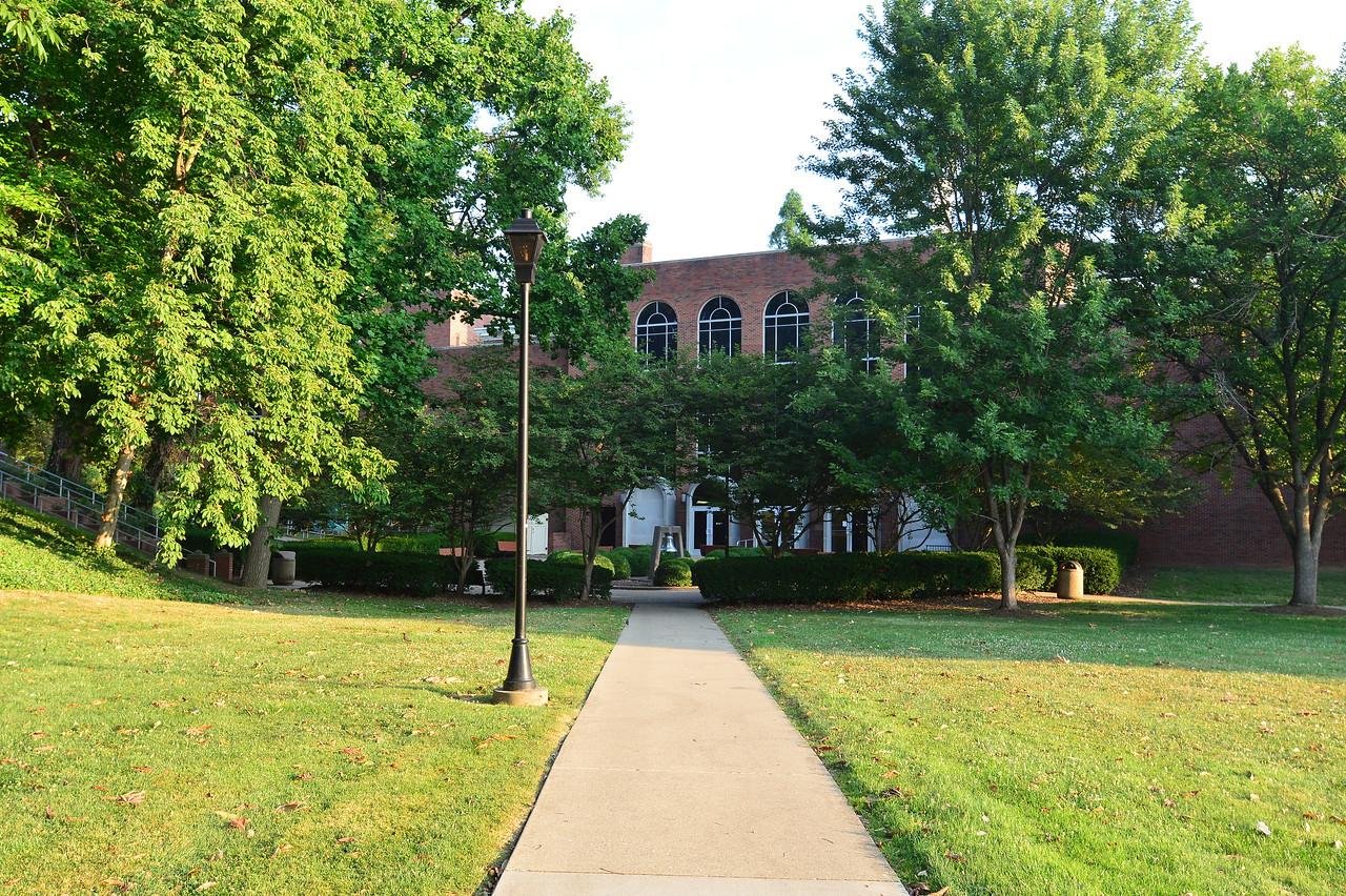 Murrow Library1209