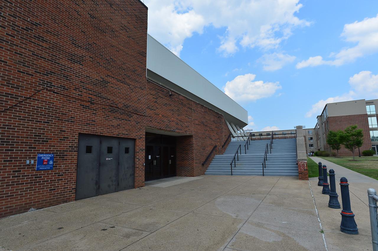 Henderson Center1538