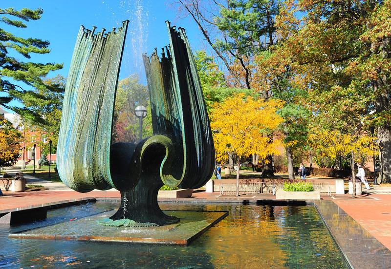 memorial fountain2247