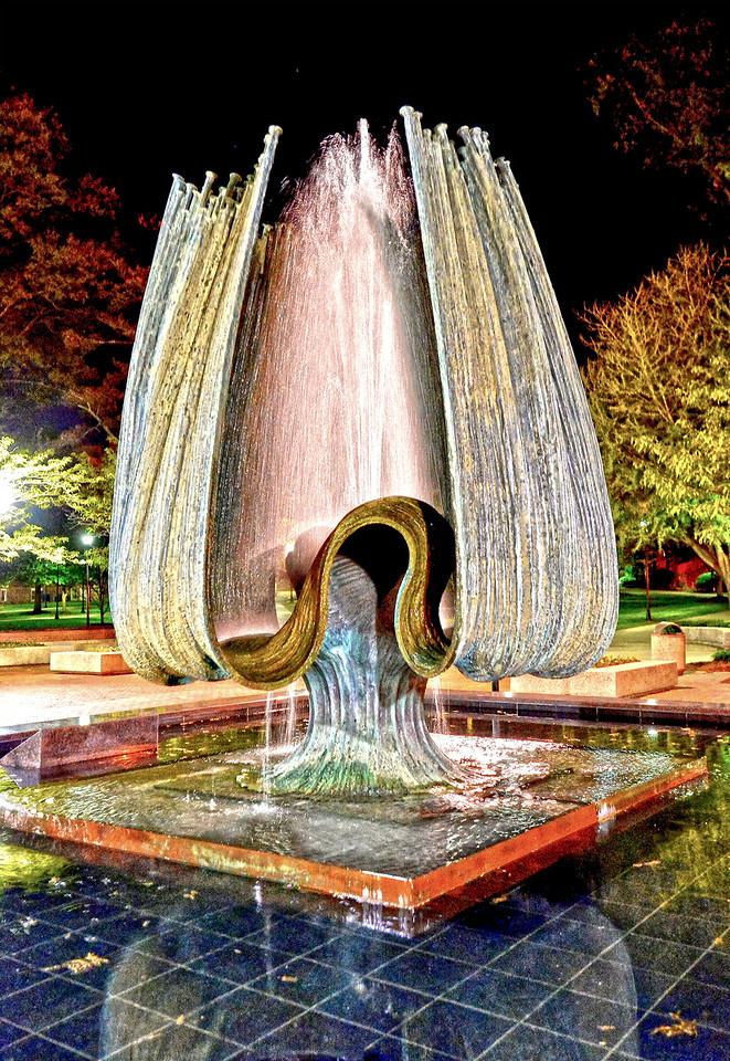 fountain1464