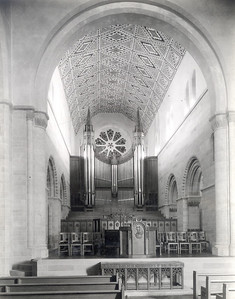 Shove interior looking east toward organ pipes