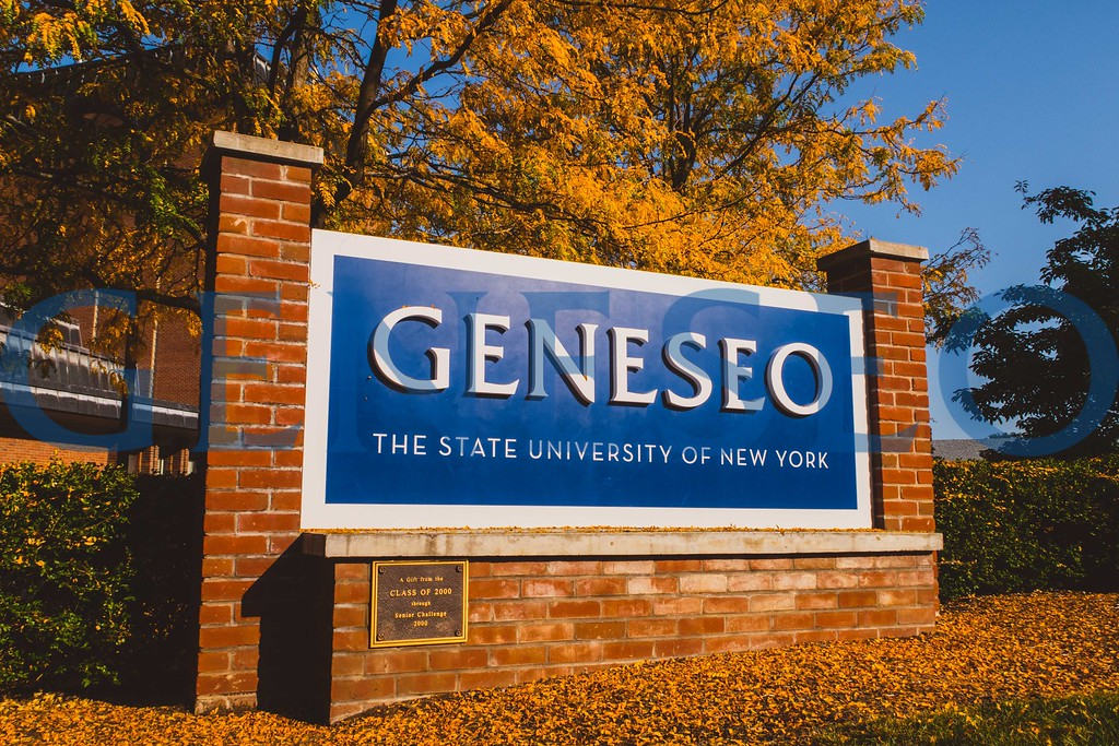 Fall 2017 Geneseo welcome sign fall foliage KW