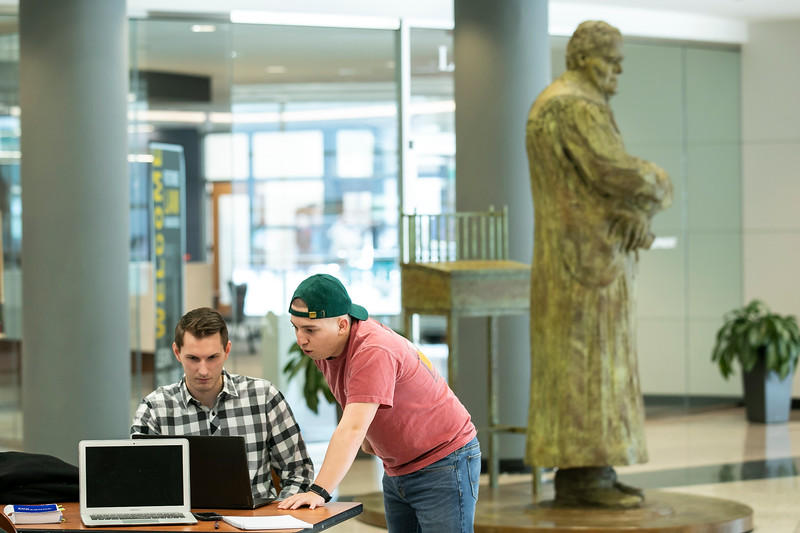 Students study on Arlington Campus.Photo by:  Ron Aira/Creative Services/George Mason University