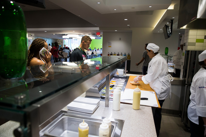 Opening day at George Mason University's newly renovated dining hall Ike's. Photo by Craig Bisacre/Creative Services/George Mason University