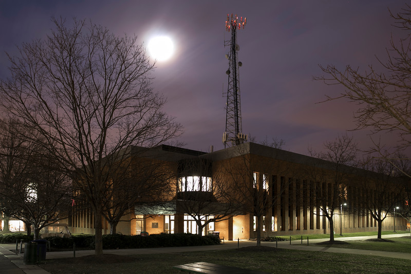 David King hall at night.  Photo by:  Ron Aira/Creative Services/George Mason University