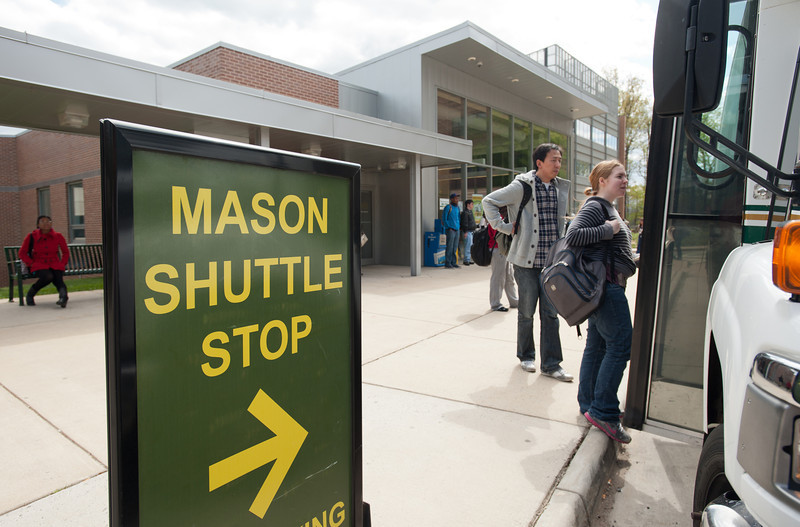 Sandy Creek Shuttle Stop at Fairfax Campus. Photo by Alexis Glenn/Creative Services/George Mason University